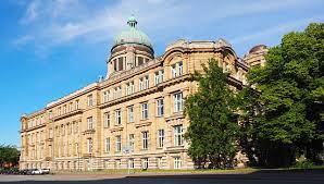 La FECRIS admet : L'affaire perdue à Hambourg contre les Témoins de Jéhovah était « une leçon ».